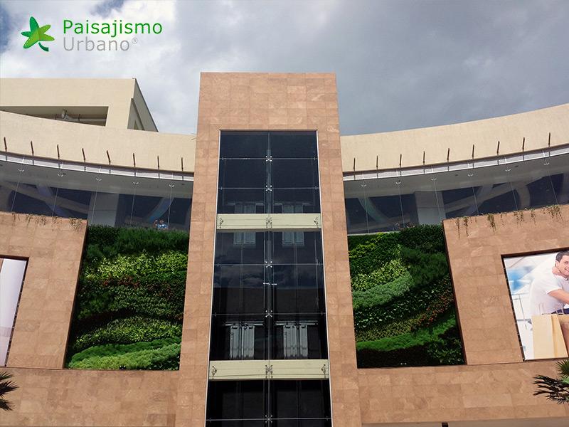 img-jardines-verticales-centro-comercial-quito-ecuador-34