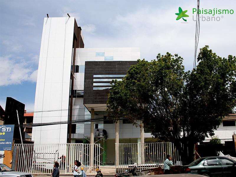 img-jardines-verticales-confederacion-empresarios-cochabamba-bolivia-1