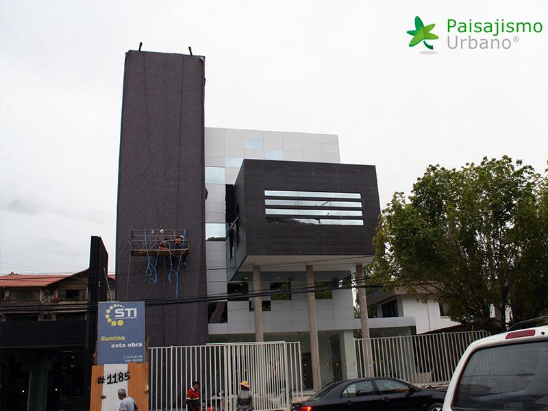 img-jardines-verticales-confederacion-empresarios-cochabamba-bolivia-2