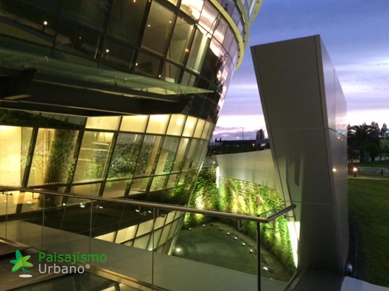 img-jardines-verticales-edificio-celebra-uruguay-20