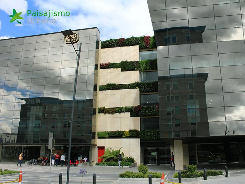 img-jardines-verticales-edificio-connecta-colombia-11