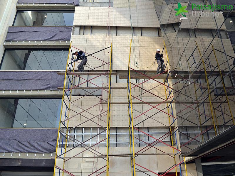 img-jardines-verticales-edificio-connecta-colombia-5