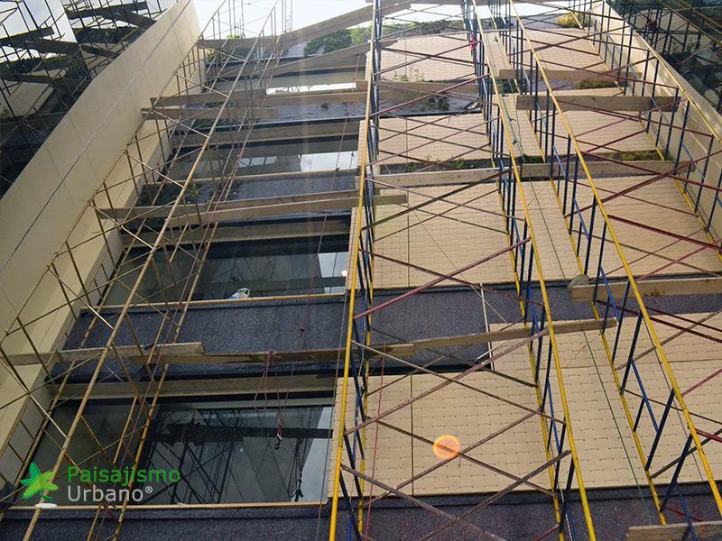 img-jardines-verticales-edificio-connecta-colombia-6