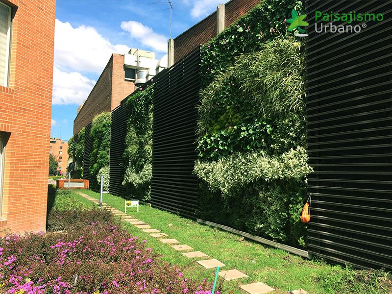 img-jardines-verticales-edificio-la-rioja-colombia-10