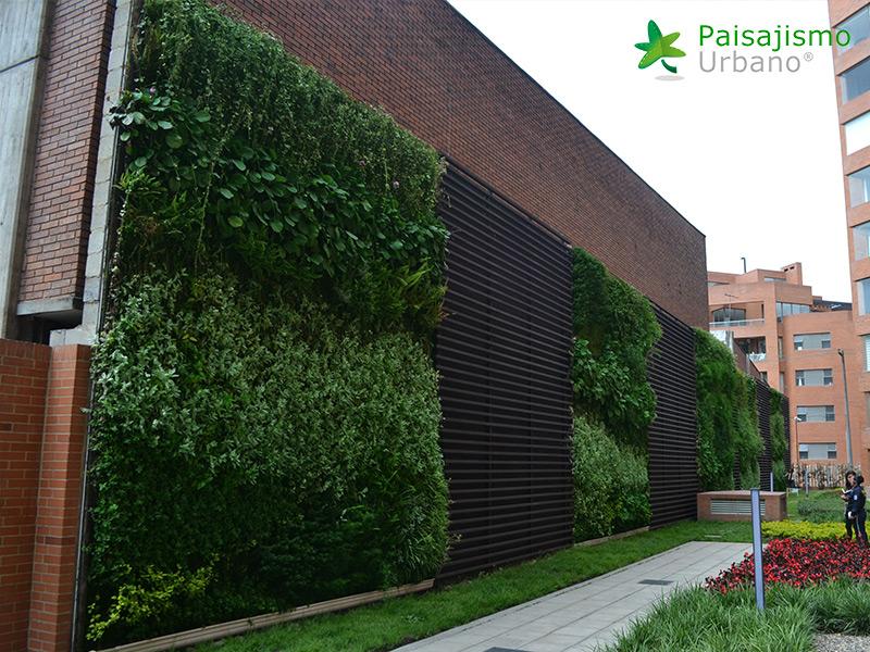 img-jardines-verticales-edificio-la-rioja-colombia-8