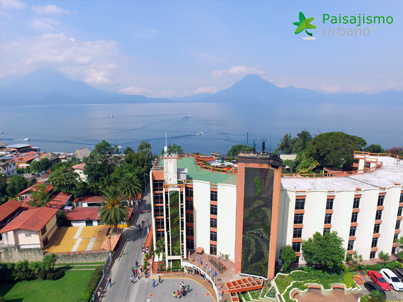 img-jardines-verticales-hotel-porta-del-lago-guatemala-11