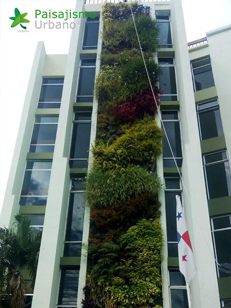 img-jardines-verticales-hotel-porta-del-lago-guatemala-14