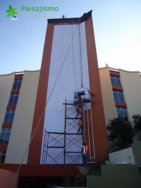 img-jardines-verticales-hotel-porta-del-lago-guatemala-2