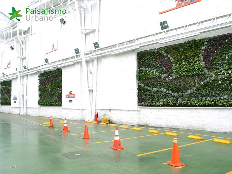 img-jardines-verticales-libreria-panamericana-de-ibague-colombia-5