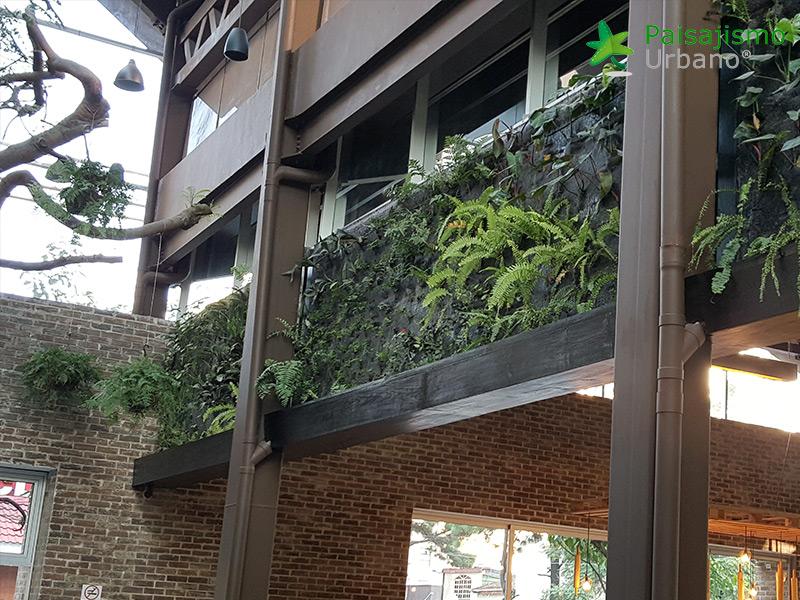 img-jardines-verticales-restaurante-san-martin-zona-10-guatemala-12_1