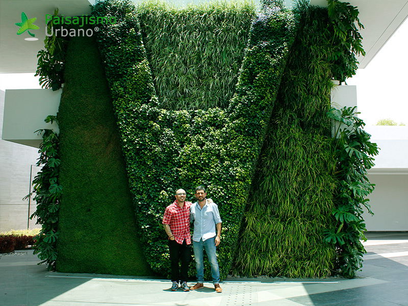 img-muros-verdes-residencia-morelia-mexico-20