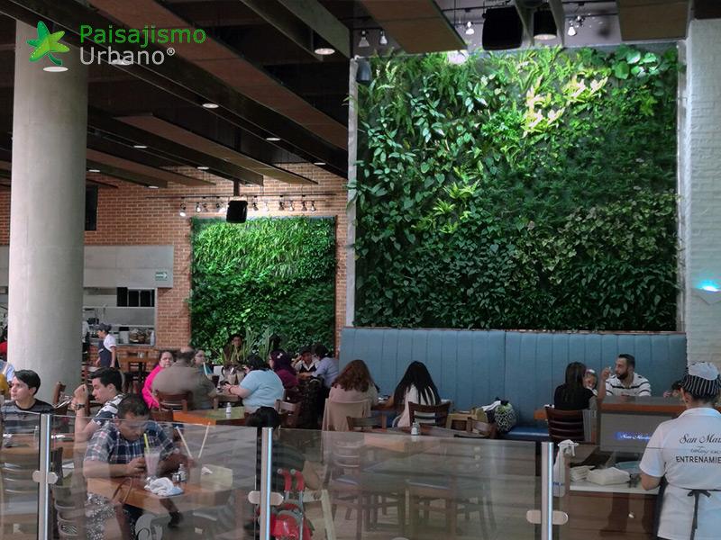 jardines-verticales-restaurante-san-martin-naranjo-mall-guatemala-11