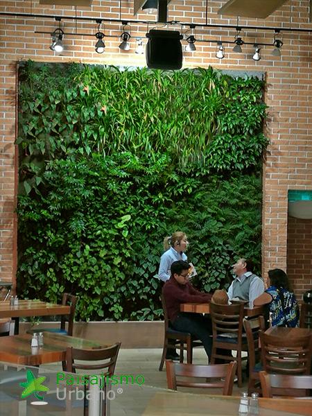 jardines-verticales-restaurante-san-martin-naranjo-mall-guatemala-12
